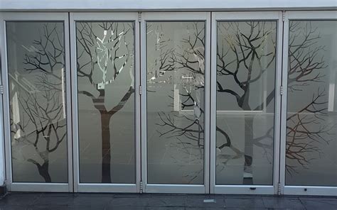 Printed Glass:::Decor Blinds & Shade Solutions