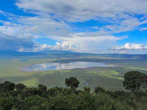 Tanzania Safaris  Serengeti, Ngorongoro, Tarangire