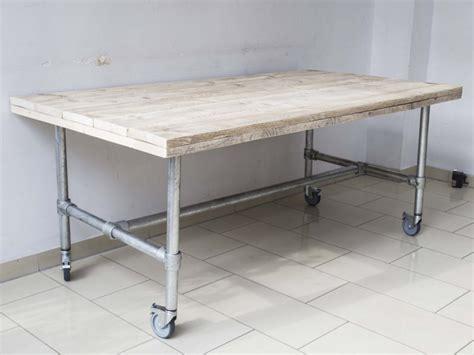 Esstisch Auf Rollen by Tisch Mit Rollen Im Industriedesign Esstisch Mit