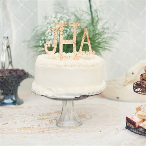 Ideas Decorating Your Cake by Monogrammed Wedding Cake Ideas You Ll Want To Put Your