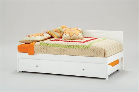 daybeds with pop up trundle bed daybeds with pop up trundle homesfeed