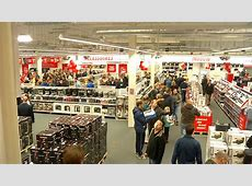 Long queues at Media Markt opening Eindhoven News