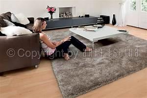 grand tapis shaggy blanc par arte espina With tapis shaggy avec canape lit pour 2 personnes