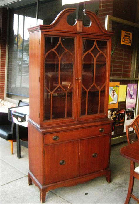 duncan phyfe china cabinet and buffet uhuru furniture collectibles sold duncan phyfe china