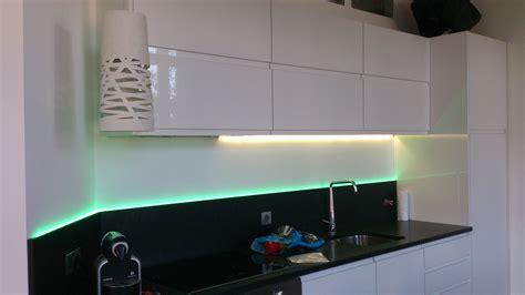 led pour cuisine re lumineuse led pour cuisine dootdadoo com idées