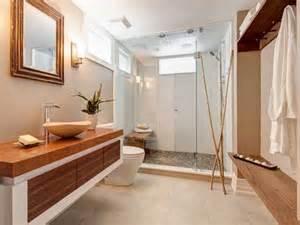 Glass Tile Ideas For Small Bathrooms Receveur De Galets Et Bambous Dans Salle De Bain Zen