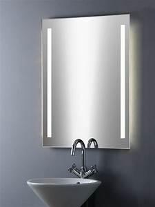 Leuchte Für Spiegel : badezimmerspiegel mit beleuchtung ~ Whattoseeinmadrid.com Haus und Dekorationen