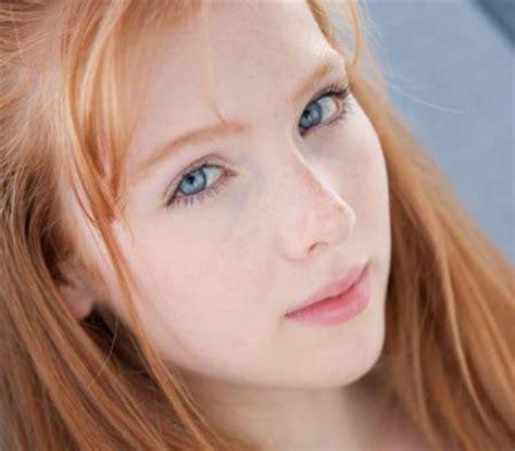 haare mit roten strähnen bilder rote haare mit roten wangen friseur haarfarbe
