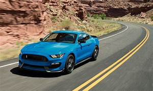 2018 Ford Mustang Shelby GT350 keeps old looks, gains new colors