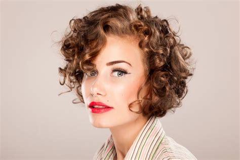 More Short Hairstyles For Curly Hair