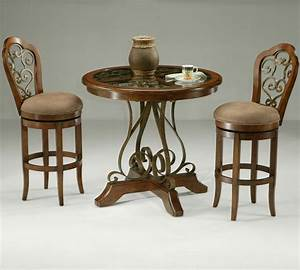 Set Table Rond : pastel carmel 3 piece round wood pub set beyond stores ~ Teatrodelosmanantiales.com Idées de Décoration