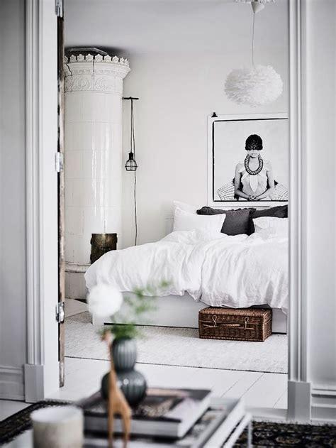17 Best Ideas About Romantic Bedrooms On Pinterest