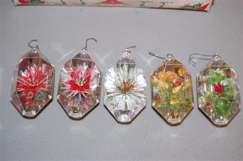 vintage christmas ornaments jewelbrite plastic set of 5 in