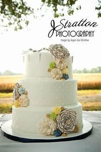 The Bakery Next Door: Professional Wedding Cake Photos