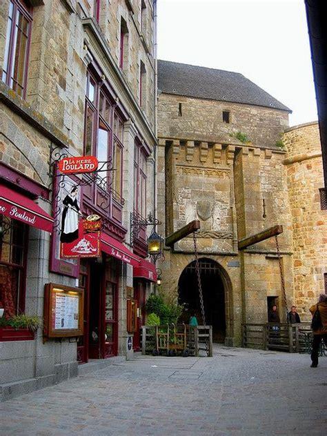 la mere poulard mont st michel 17 best images about les rues du mont michel on manche europe and late nights