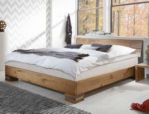 Ein Bett In 180x200 Cm Günstig Online Kaufen Bettende