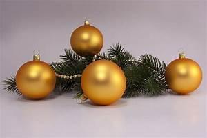 Weihnachtskugeln Aus Lauscha : 4 weihnachtskugeln 6cm gold matt uni christbaumkugeln ~ Orissabook.com Haus und Dekorationen