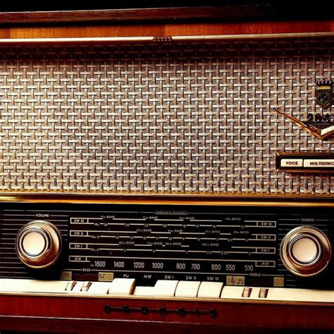 Classic Radio - YouTube