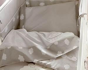 Drap Pour Lit Bébé : gigoteuse tour de lit linge de lit b b becquet ~ Teatrodelosmanantiales.com Idées de Décoration