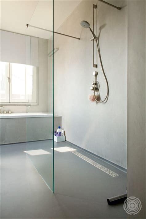 Gietvloer In Badkamer Glad by Naadloze Wanden Voor In De Badkamer Senso Gietvloer