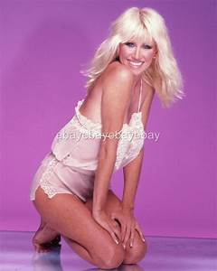 Suzanne Somers 8x10 11x14 16x20 24x36 Poster Photo by