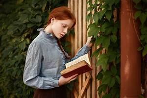 Girl, Books, Model, Reading wallpaper | girls | Wallpaper ...