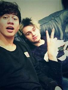 Calum and Michael - 5 Seconds of Summer Photo (36887625 ...