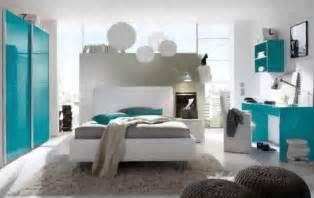 schlafzimmer eckkleiderschrank jugendzimmer dekoration
