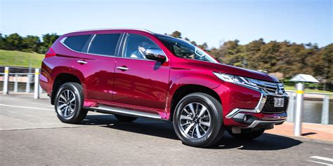 Review Mitsubishi Pajero Sport by 2016 Mitsubishi Pajero Sport Gls Review Caradvice