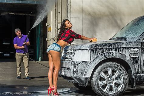 wash  land rover   fit russian brunette