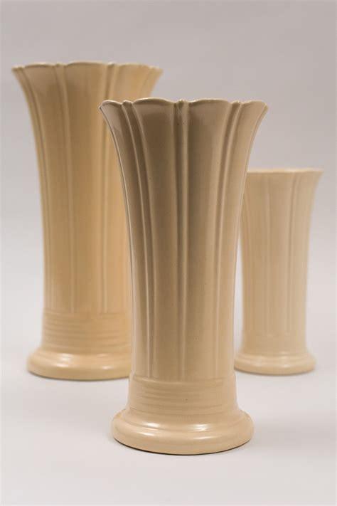 vintage fiesta  flower vase  original ivory glaze