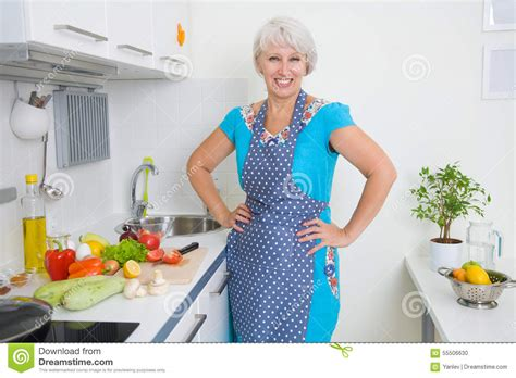 What Women Kitchen Mature Think That Consider That