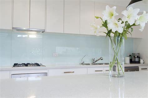 Kitchen Tiled Splashback Ideas - glass or tile 15 tips for choosing the right splashback gemmill homes