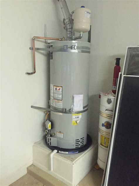 New Water Heater Regulations Include Expansion Tanks, Pans