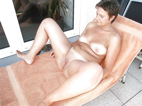 Amateur Nude Matures Outdoor 25 Pics