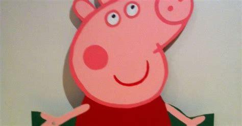 mdf peppa pig cut   party decoration peppa pig