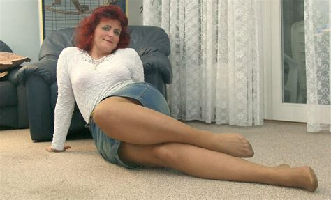 02130312 In Gallery Older Women In Pantyhose Shows