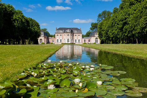 Jardin De Bagatelle Soirée by Ch 226 Teau Et Jardin De Bagatelle Abbeville Tourisme