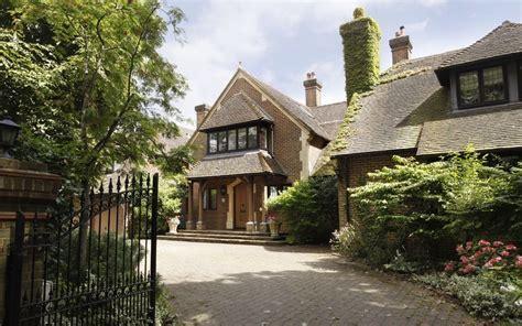 F1 Star James Hunt's London Home