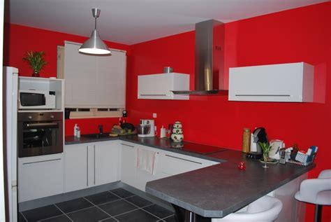 cuisine en u ouverte sur salon cuisine blanche ouverte sur le salon page 2