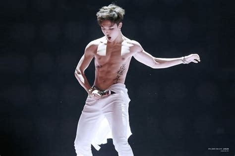 Who's The Kpop Male Idol With The Best Abs? (updated