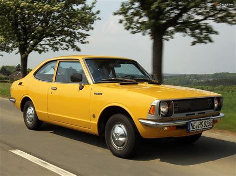 Pictures of Toyota Corolla 2-door Sedan (KE26) 1970–74 ...