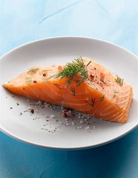 saumon cuisine escalopes de saumon au madiran pour 4 personnes recettes