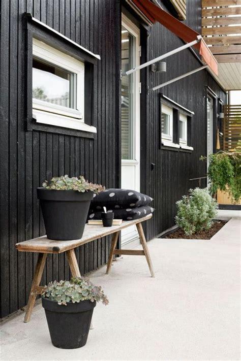 idees deco pour une terrasse scandinave en noir