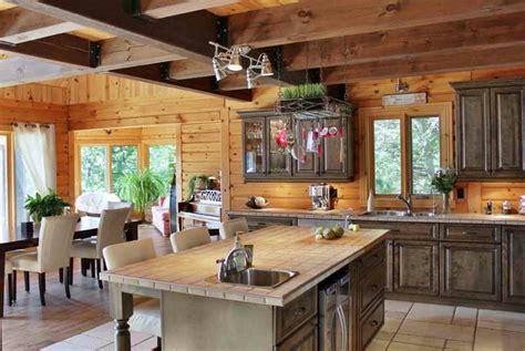 refaire cuisine en bois transformer cuisine rustique cuisine moderne le bois