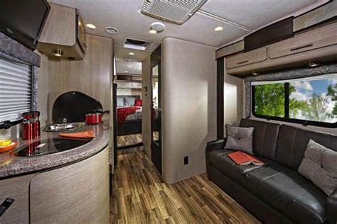 renegade qrs villagio class  motorcoach roaming
