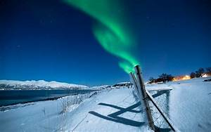 Aurora Borealis Northern Lights Night Green Snow Winter ...