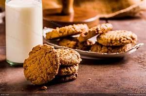 Easy Bisquick Peanut Butter Cookies Recipe