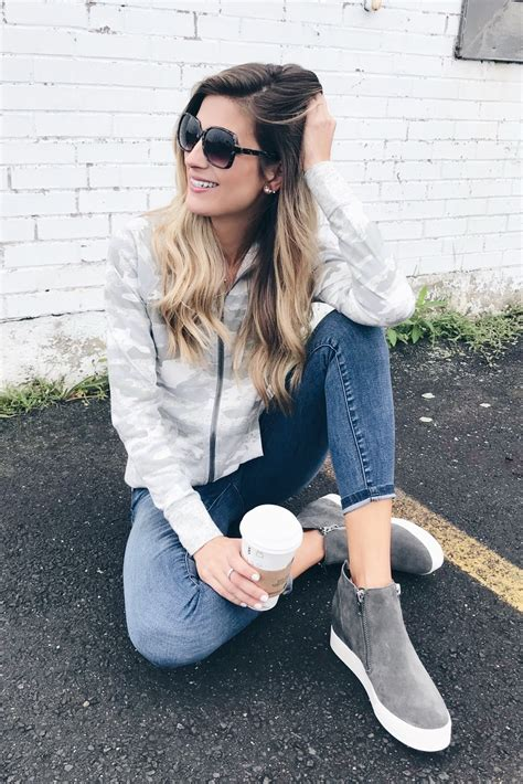 Casual Shoe Styles For Fall Wedge Suede Sneakers