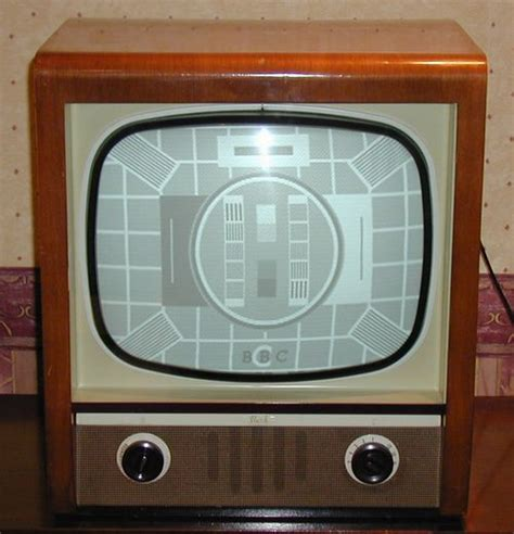 black  white tv gallery page